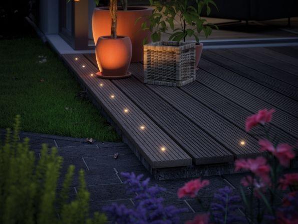 lampy na taras w ogrodzie - oczka led